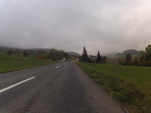 Fahrt zum Rand der Nebeldecke
