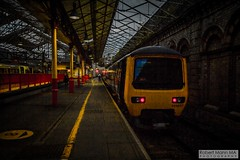 CreweRailStation2016.10.22-51 (Robert Mann MA Photography) Tags: crewerailstation crewestation crewe cheshire station trainstation trainstations train trains railway railways railwaystation railwaystations railstations railstation virgintrains virgintrainspendolino class390 class390pendolino pendolino northern northernrail class323 eastmidlandstrains class153 class350 desiro class350desiro arrivatrainswales class158 towns town towncentre crewetowncentre architecture nightscapes nightscape 2016 autumn saturday 22ndoctober2016 londonmidland