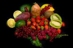 Varagnolo Mauro-1 (varagnolomauro) Tags: frutta fruit arance zucca castagne natura morta ananas kiwi noir melone fragole lemon limone fuji fujifilm melograno