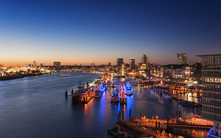 Hamburg - Harbour sunset