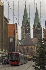 2016-11-15 12-42-29 - PB220047 2048 (Dirk Buse) Tags: bremen deutschland deu de germany hb hansestadt tram strasenbahn innenstadt zentrum city urban stadt weihnachtsmarkt kirche gebude