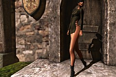 OUTSIDE YOUR DOOR (reigncongrejo) Tags: kungler bosl boslfashionfeed boslsims bosscosmetics foxes amitie glamorize reign heels