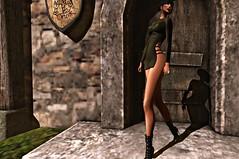 OUTSIDE YOUR DOOR (reigncongrejo) Tags: kungler bosl boslfashionfeed boslsims bosscosmetics foxes amitie glamorize reign heels