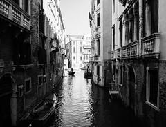 Venezia (Brunella Pastore) Tags: venezia venice travel viaggio biancoenero contrasti