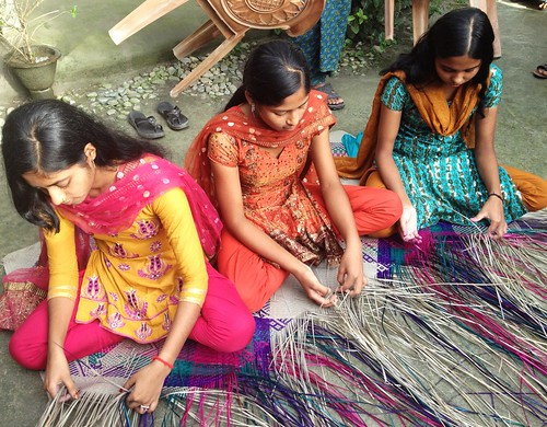 The three young Sitalpati weavers
