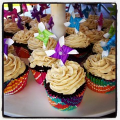 Pinwheel cupcakes by Elicia, Santa Cruz, CA, www.birthdaycakes4free.com