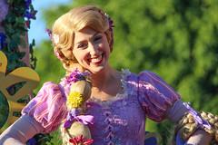Soundsational - Rapunzel (Visions Fantastic) Tags: disneyland disney rapunzel tangled disneyparade soundsational mickeyssoundsationalparade