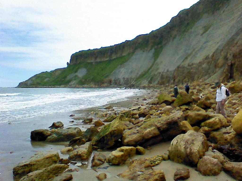 Cayton Bay