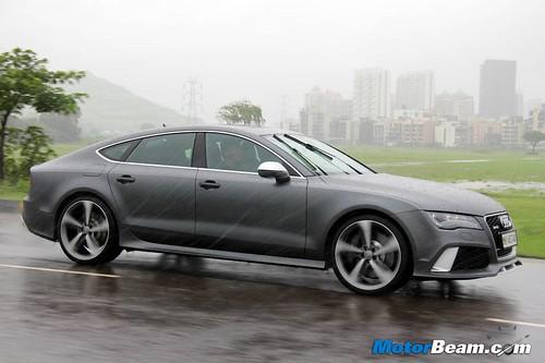 2014-Audi-RS7-03
