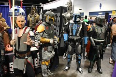 img_3025 (keath kono) Tags: starwars tampabay cosplay artists comiccon cosplayers tampaconventioncenter marksparacio tampabayrays djkitty heather1337 jeniferann tampabaycomiccon2014 rrcosplay bannierabbit shinobi24 raymondthemascot chadtater kristinatwood