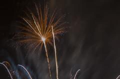 fuegos artificiales palleja 2014_2 (jlmontes) Tags: longexposure night fireworks fuegosartificiales largaexposición nikkor35mm nikond3100 jlmontes