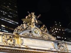 New York City - Manhattan - Grand Central Terminal (Fontaines de Rome) Tags: newyork clock mercury manhattan central grand terminal jules tiffany félix minerva hercules grandcentralterminal tiffanyglass coutan julesfélixcoutan 87east42ndstreet mercuryminerva