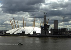 O2 arena and police boat (Englepip) Tags: sky building london thames river grey boat o2 police arena