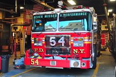 FDNY Engine 54 (Triborough) Tags: nyc newyorkcity ny newyork manhattan engine firetruck midtown fireengine fdny seagrave theatredistrict newyorkcounty engine54 newyorkcityfiredepartment