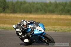 IMG_6194 (Holtsun napsut) Tags: ex sport finland drive track bikes sigma os days apo moto motorcycle finnish 70200 f28 dg rata kesä motorrad traing päivä trackdays motorbikers eos7d ajoharjoittelu moottoripyoraorg
