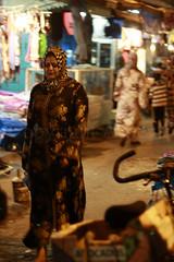 Maroc 2013-27 (Vanessa Asneva Bonnard) Tags: light summer woman bicycle electric night exterior femme clothes morocco lumiere maroc electricity souk medina t nuit electricite essaouira velo mogador electrique exterieur v