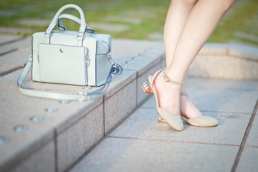 dahlia-stripe-shorts-zara-bag-asos-blouse-5