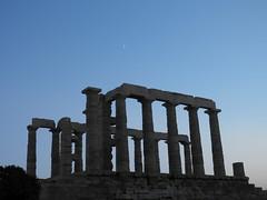 Temple of Poseidon - Sounio (marsider07) Tags: sky moon temple ruins greece poseidon sounio φεγγάρι σούνιο ναόσ ποσειδώνασ
