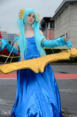 Cosplays at the 4th day of Japan Expo 15eme/2014 , Paris, France: Sona from League of Legends (SpirosK photography) Tags: portrait game paris france anime japanese cosplay lol manga culture convention videogame sona parcdesexpositions videogamecharacter costumeplay japanexpo γαλλία παρίσι leagueoflegends