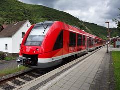 DB Diesel motor unit N 620 506 (LINT 81) in the station of Ahrbrck. (Franky De Witte - Ferroequinologist) Tags: de eisenbahn railway estrada chemin fer spoorwegen ferrocarril ferro ferrovia