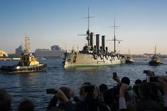 _IMG3053 (Shtrihoman) Tags: aurora sanktpetersburg cruiseraurora санктпетербург нева троицкиймост nevariver аврора буксир крейсераврора tamronaf28300mmf3563xrdildasphericalifmacro dvortsovayanaberezhnaya