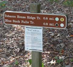 TrailSign (T's PL) Tags: nikontamron tamronnikon tamron16300f3563diiivcpzd tamron16300 d7000 douthatstatepark nikon nikond7000 outdoor sign tamron text tobaccohouseridgetrail va virginia 16300 f3563 di ii vc pzd