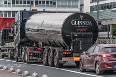 DON'T WORRY [YOUR GUINNESS IS ON THE WAY]-122205 (infomatique) Tags: guinness noethwall dublin docklands williammurphy infomatique