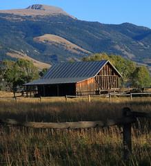 Old Barn, Mormon Row - Grand Tetons National Park, Wyoming (danjdavis) Tags: barn oldbarn mormonrow grandtetosnationalpark nationalpark wyoming