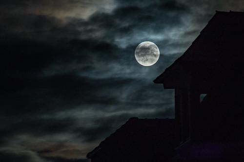Vollmond verhangen / full moon covered