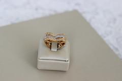 Sol Musy (Kamilla Skori) Tags: job joias colar anel solmusy musy mulheres presente brilho ouro
