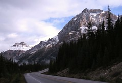 Icefields Parkway Scenery (Larry Myhre) Tags: banffnationalpark alberta canada rockymountains icefieldsparkway mountains scenery canadianrockies bcalbertasept2016