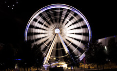 Liverpool Wheel - Echo Arena (Designerjuice) Tags: liverpoolwheel albertdock night christmas exposure ships echoarena