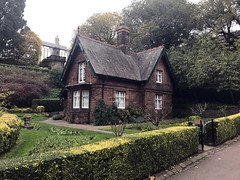 edinburgh_550 (OurTravelPics.com) Tags: edinburgh the greenskeepers cottage statue allan ramsay princes street gardens