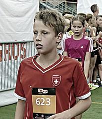 Swiss boy 2 - edit (Cavabienmerci) Tags: swissalpine davos 2015 swiss alpine switzerland suisse schweiz lauf lufer run running race runners runner  pied coureur coureurs sport sports boy boys child children youth