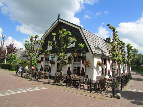 Eemnesserweg 13 Blaricum met café d'Ouwe tak.