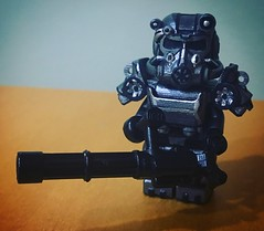 Minifig-a-Day #200: T-60 Power Armor (Timcan2904) Tags: 200