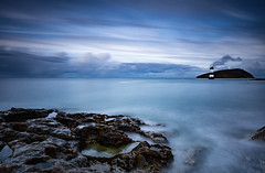Penmon tide (Lukasz Lukomski) Tags: lighthouse latarnia morze morska morzeirlandzkie irishsea landscape krajobraz lukaszlukomski nikond7200 sigma1020 longexposure coast costa wybrzeże wales walia water cymru gales woda plaża beach anglesey wielkabrytania greatbritain uk unitedkingdom tide rocks skały sky niebo chmury clouds europe