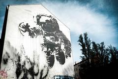 astronaut (peterulrich.net | Berlin Webdesigner) Tags: astronaut mural berlin kreuzberg mariannenstrase peterulrichnet november 2016
