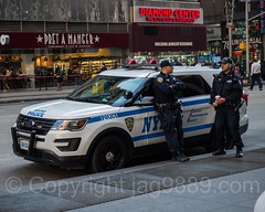 NYPD Police Officers, Midtown Manhattan, New York City (jag9889) Tags: ford jag9889 usa nypd sixthavenue manhattan midtown policeofficer newyorkcity car newyork outdoor 2016 20161128 policecar suv auto automobile cop finest firstresponder lawenforcement ny nyc newyorkcitypolicedepartment officer patrol police policedepartment policepatrolcar sportutilityvehicle transportation unitedstates unitedstatesofamerica vehicle us