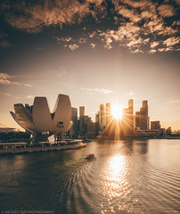 Into The Light (Ashley Matthew Teo) Tags: singapore urban scapes city cityscape landscape sunset sun glow epic dramatic hdr dri lines marina bay asia explore nikon d500 tokina 1116