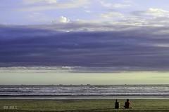 Santos Beach (Maria Luiza S) Tags: beach praia mar clouds núvens minimalist blue sundown azul nuvens clauds red