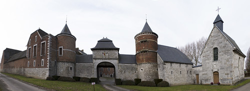 Warnant-Dreye, kasteel(hoeve) van Oultremont