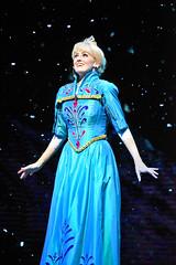 Elsa in Frozen - Live at the Hyperion in DCA (GMLSKIS) Tags: disney california amusementpark anaheim disneycaliforniaadventure dca frozenliveatthehyperion stephaniereneewall elsa