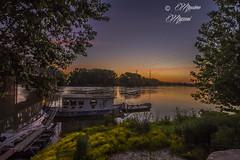 PIACENZA - alba sul fiume (M&M78) Tags: sunrise river boats boat fiume po piacenza grandefiume pobarche
