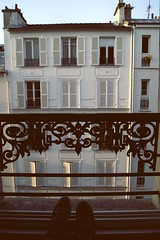 I woke up this morning with a smile on my face. (Sophie Gin) Tags: paris parigi