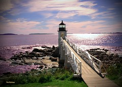 Marshall Point Lighthouse (Patricia McAtee - Photos of Maine) Tags: lighthouse maine topshots marshallpoint portclydemaine mainelighthouses natureplus photosandcalendar worldwidelandscapes natureselegantshots panoramafotográfico thebestofmimamorsgroups greatshotss theoriginalgoldseal