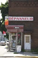 Dépanneur 7 jours (AlainC3) Tags: beer store nikon commerce wine vin grocery convenient verdun d90 montréal façade détail bière épicerie dépanneur lotoquébec