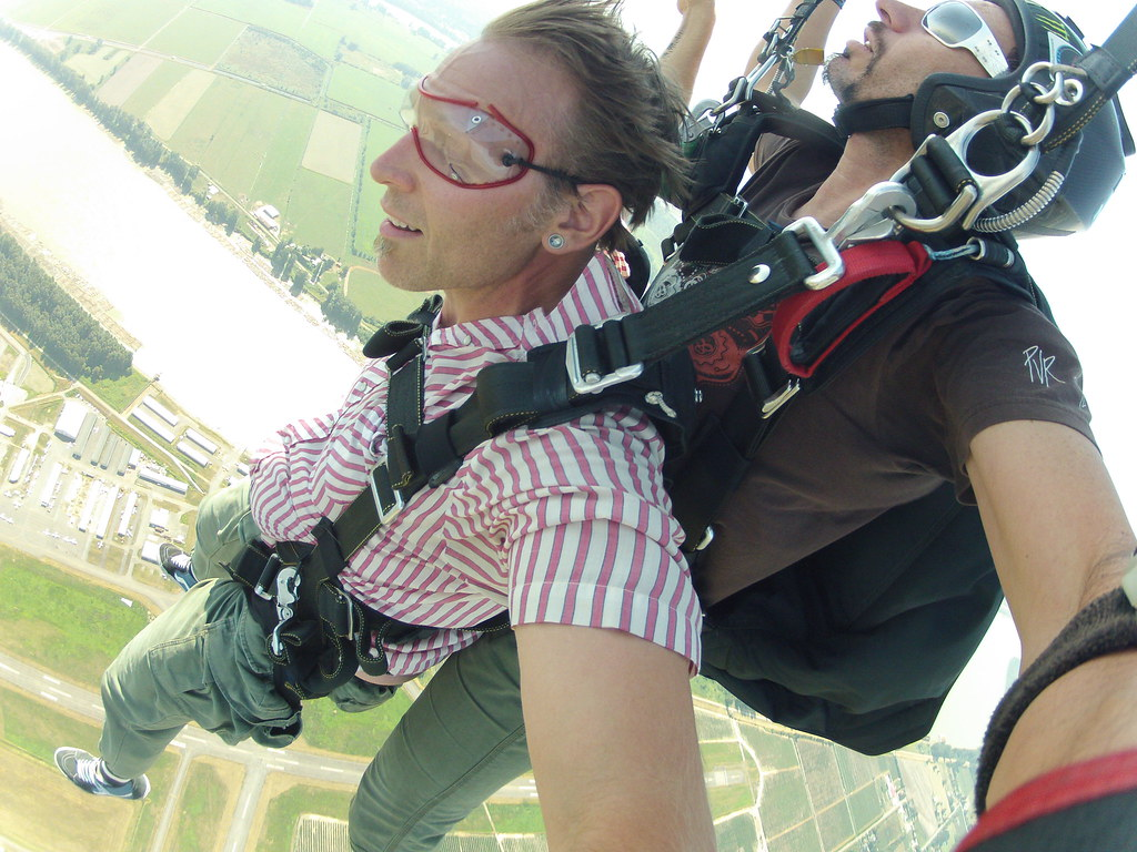 The World's Best Photos of birthday and skydiving - Flickr