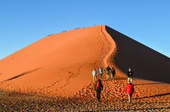 20140718-DSC_4726 (jbdodane) Tags: africa alamy170110 day622 desert dune45 dunes namibnaukluft namibnaukluftpark namibia sand sanddunes sesriem sossusvlei sunrise tourism freewheelycom jbcyclingafrica bicycle cycletouring cycling cyclotourisme velo alamy
