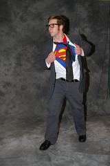 Emerald 07 - 129 (Photography by J Krolak) Tags: dc costume cosplay superman masquerade dccomics comiccon clarkkent dailyplanet eccc emeraldcitycomiccon eccc2007